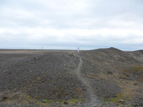 ac distant on gravel